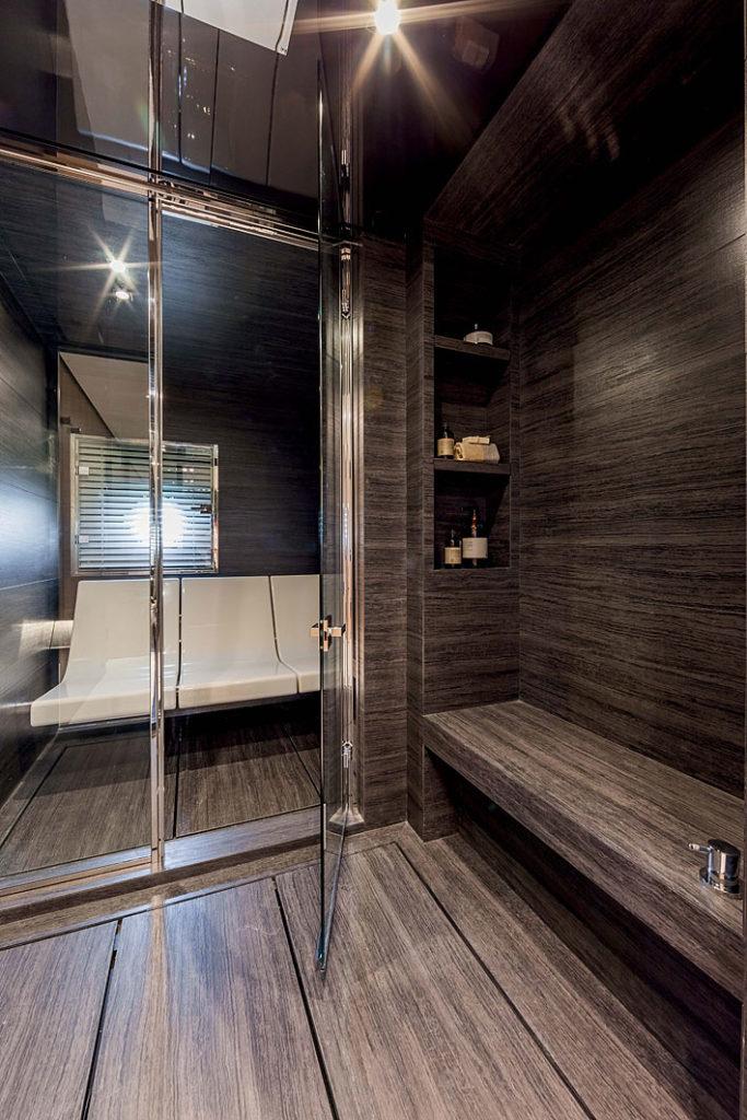 Realizzazione doccia e Hammam su imbarcazione privata