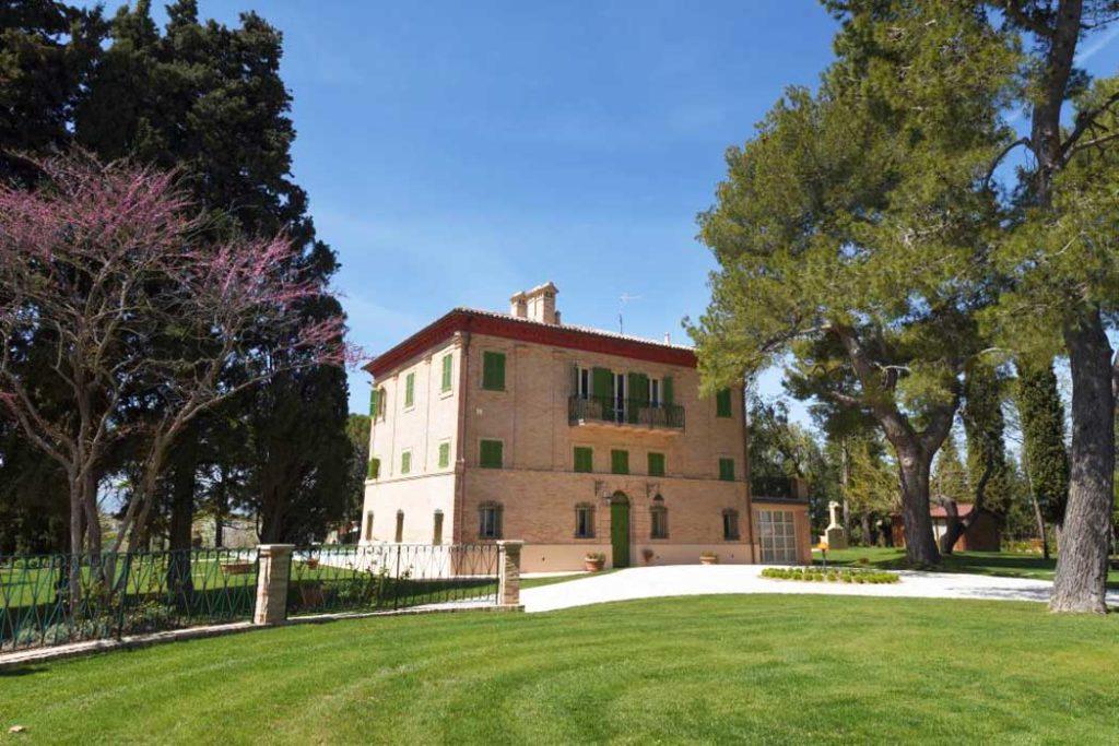 Villa-Montecassiano-ristrutturazione-Sergio-Marinelli-design-partner-Natalucci